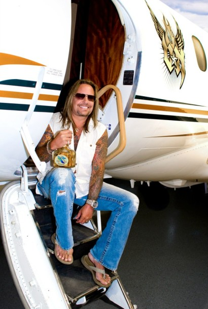 photo-Motley-Crue-glam-metal-singer-Vince-Neil-video