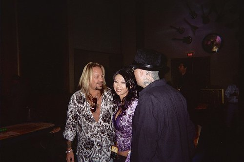 photo-Motley-Crue-Vince-Neil-solo-band-tequila