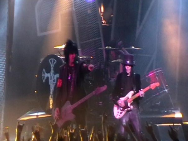 photo-Motley-Crue-live-concert-in-St-Petersburg-03-06-2009-Russia
