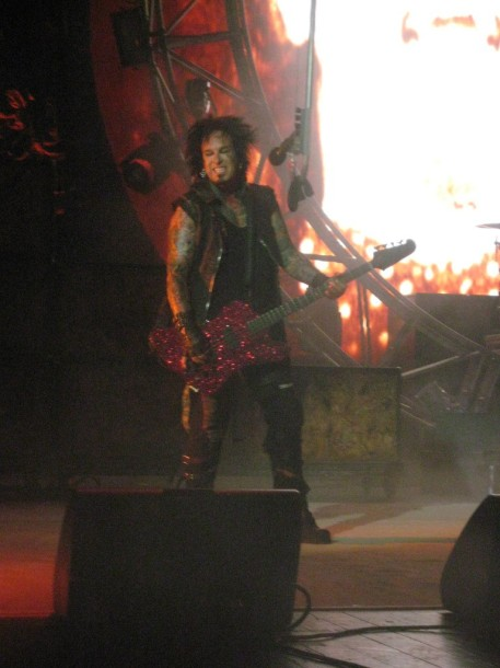 photo-Nikki-Sixx-Motley-Crue-live-in-Moscow-2012-Crocus-City