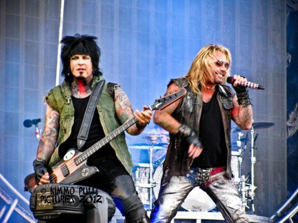 photo-concert-Motley-Crue-at Kaisafest-Helsinki-festival-7-06-2012