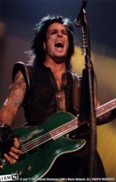photo-Motley-Crue-Nikki-Sixx-picture-band