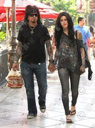 photo-Motley-Crue-Nikki-Sixx-tattoos-band