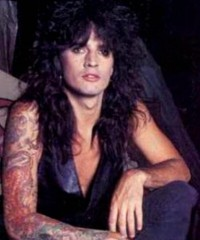 photo-Motley-Crue-Tommy-Lee-tattoos-pictures