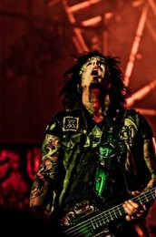 photo-Motley-Crue-live-photos-carnival-of-sins-xxx-tour