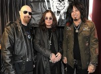 photo-Nikki-Sixx-Motley-Crue-Rob-Halford-Judas-Priest-band